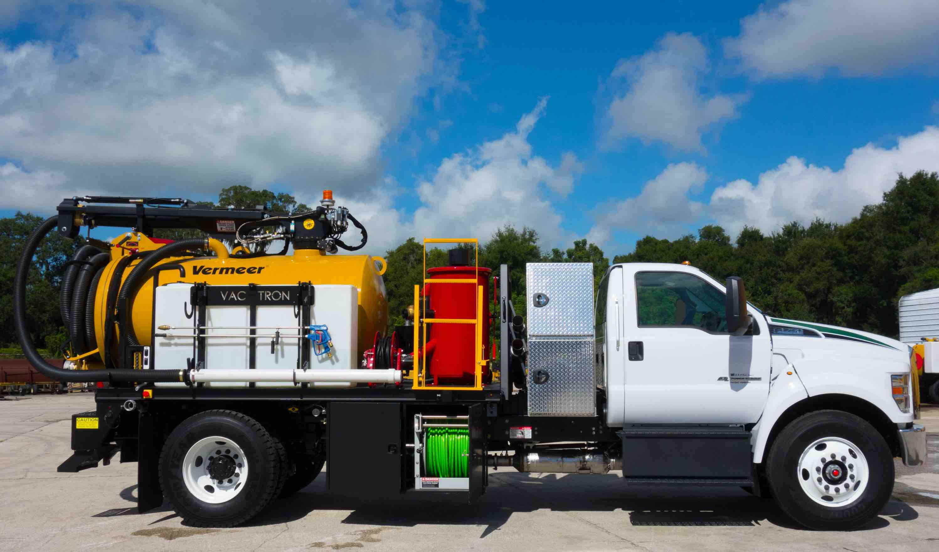 vac-trons-jetter-truck-vacuum-excavator-with-jetter-pump-package